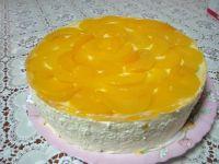 Торт йогуртовый с персиками
