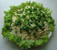 Салат с зелёным луком и яблоками